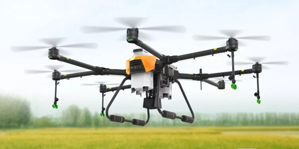 Fly Dragon agricultural Drone 22 litre sprayer